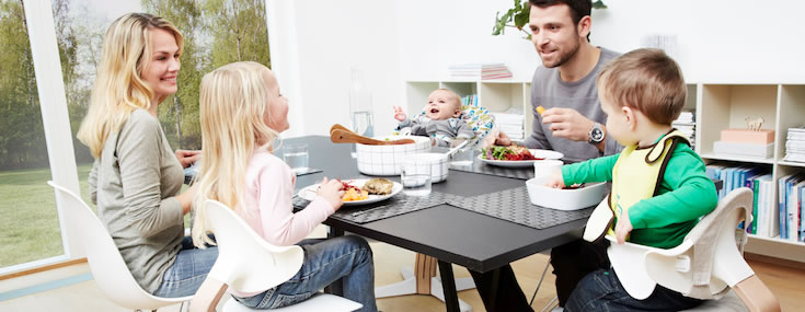 DCUK Introduces Nomi Highchair at Harrogate 2016